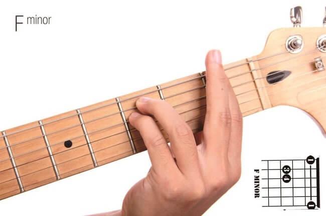 kunci gitar lagu barat mudah